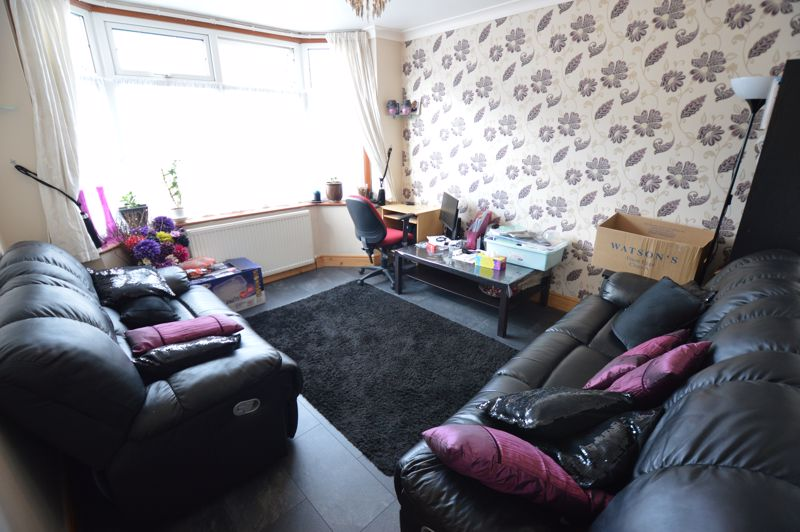 4 bedroom Mid Terrace to rent in Carisbrooke Road, Luton - Photo 21