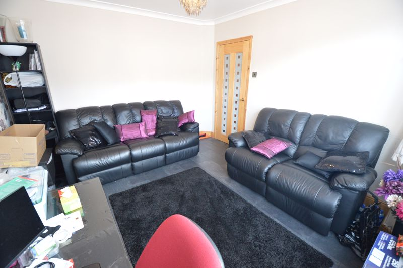 4 bedroom Mid Terrace to rent in Carisbrooke Road, Luton - Photo 22