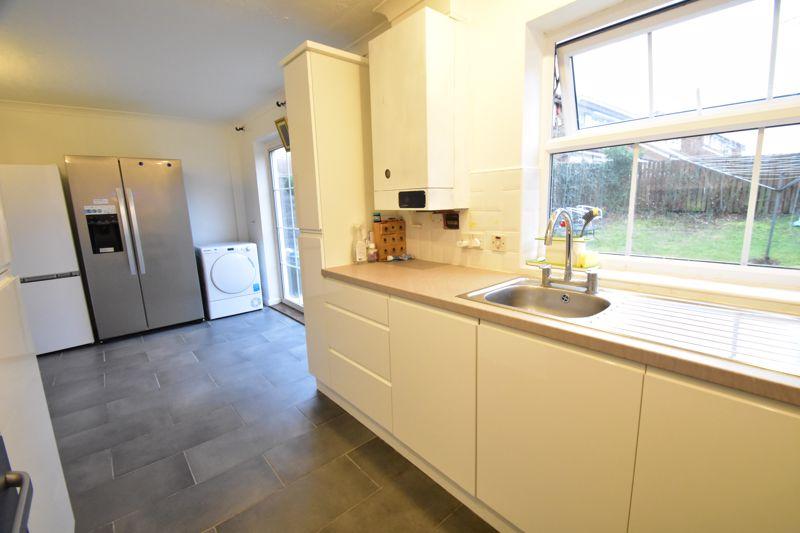 3 bedroom Semi-Detached  to rent in Corinium Gardens, Luton - Photo 24