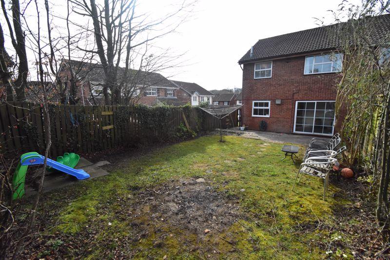 3 bedroom Semi-Detached  to rent in Corinium Gardens, Luton - Photo 26