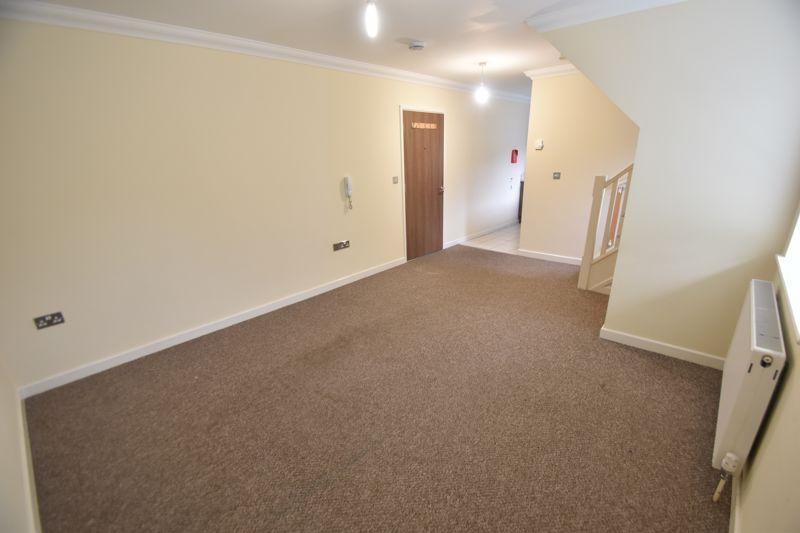 1 bedroom Flat to rent in Grove Road, Luton - Photo 13