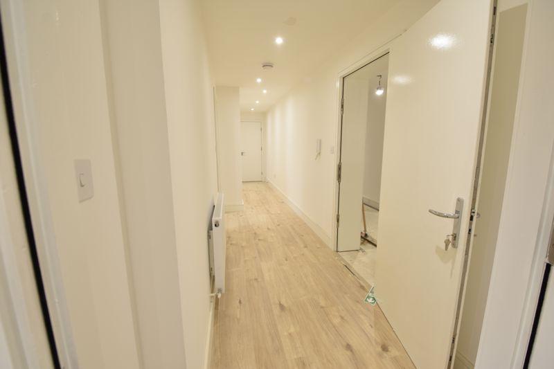 1 bedroom  to buy in 142 Midland Road, , Luton - Photo 9