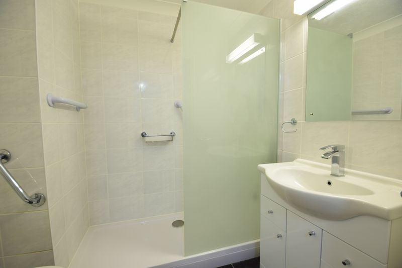 1 bedroom Flat to rent in Old Bedford Road, Luton - Photo 8