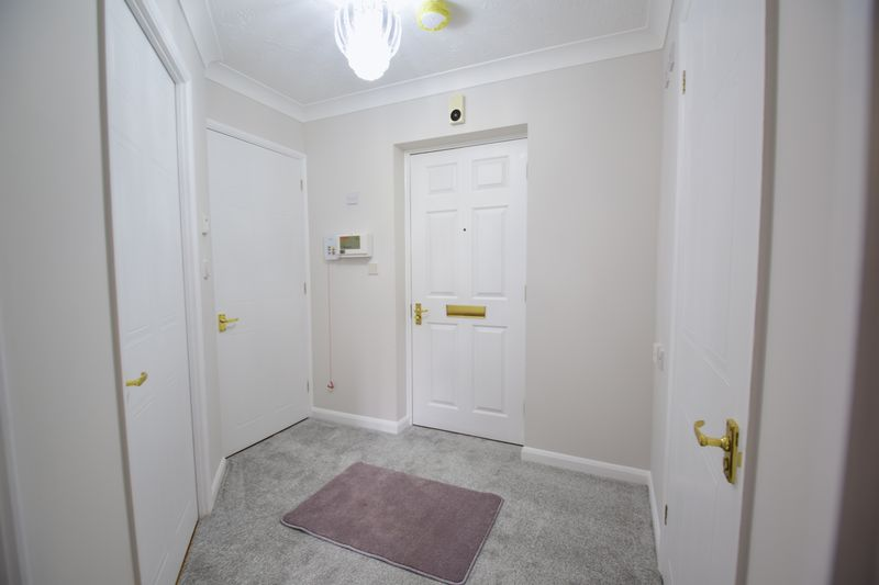1 bedroom Flat to rent in Old Bedford Road, Luton - Photo 13
