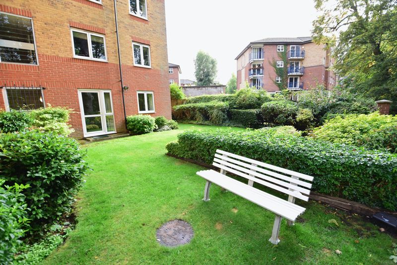 1 bedroom Flat to rent in Old Bedford Road, Luton - Photo 15