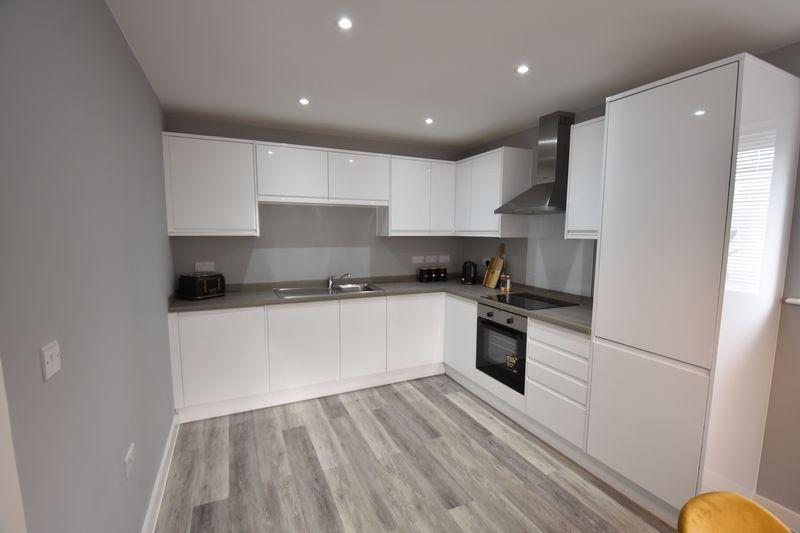 2 bedroom  to buy in Ridgway Road, Luton - Photo 19