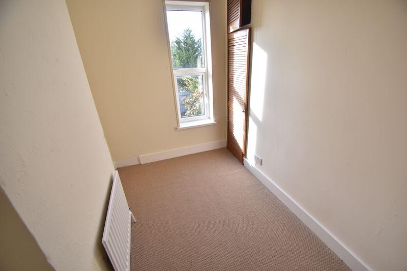 4 bedroom Mid Terrace to buy in Dordans Road, Luton - Photo 20