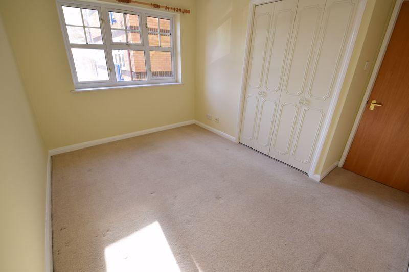 1 bedroom Flat to rent in Earls Meade, Luton - Photo 2