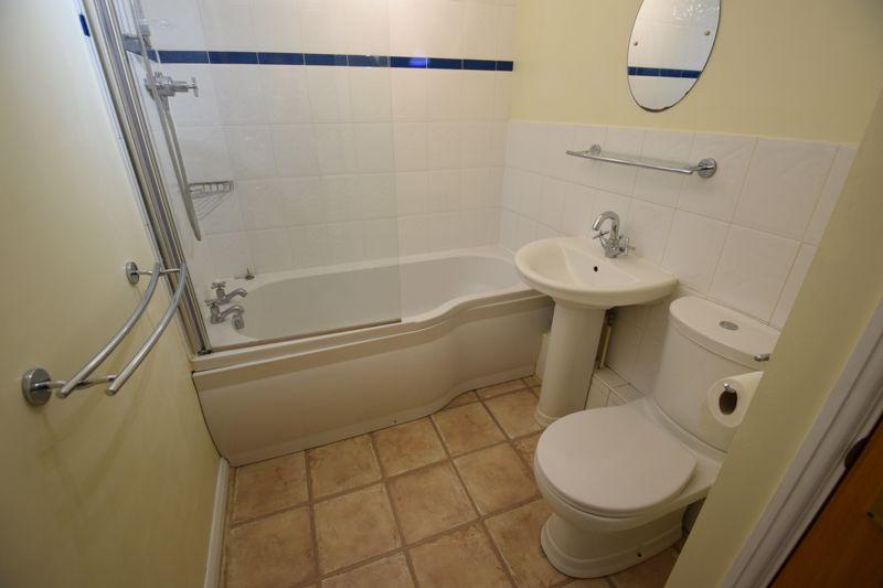 1 bedroom Flat to rent in Earls Meade, Luton - Photo 3