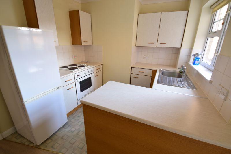 1 bedroom Flat to rent in Earls Meade, Luton - Photo 4