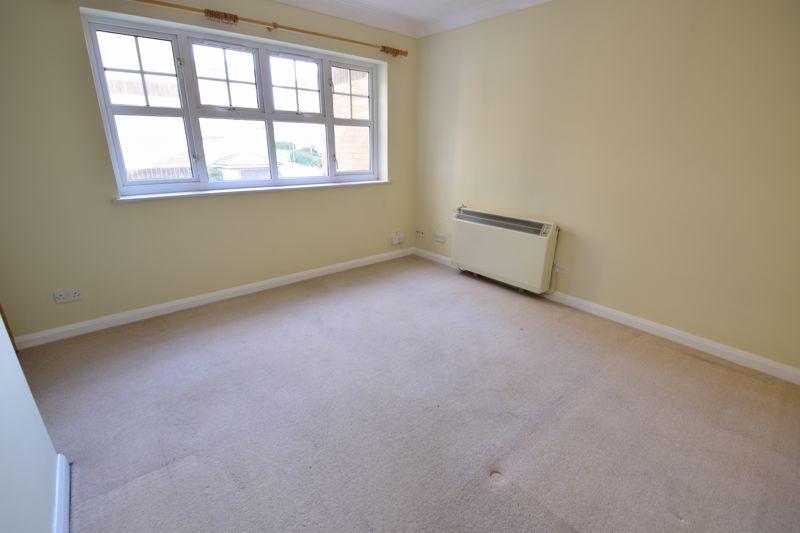 1 bedroom Flat to rent in Earls Meade, Luton - Photo 6
