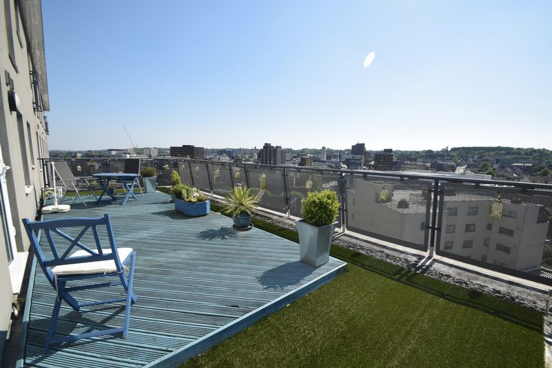 2 bedroom Flat to buy in Hatton Place, Midland Road, Luton
