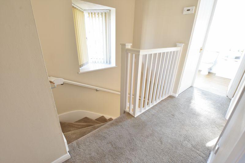 3 bedroom End Terrace to rent in Cromer Way, Luton - Photo 7