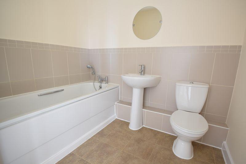 2 bedroom Apartment / Studio to buy in 1 - 117 Holly Street, Luton - Photo 5