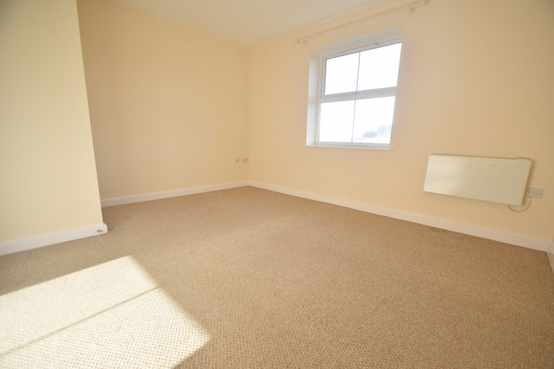 2 bedroom Apartment / Studio to buy in 1 - 117 Holly Street, Luton - Photo 6
