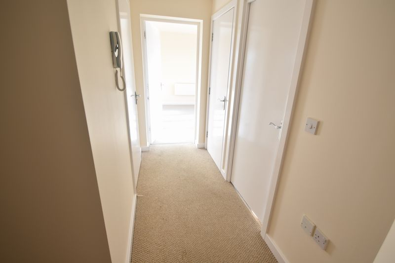 2 bedroom Apartment / Studio to buy in 1 - 117 Holly Street, Luton - Photo 7