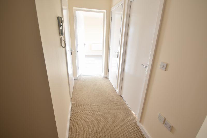 2 bedroom Apartment / Studio to buy in 1 - 117 Holly Street, Luton - Photo 7