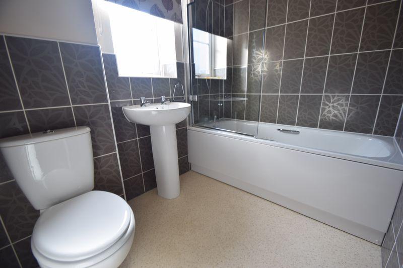 2 bedroom Semi-Detached  to buy in Little Owl Lane, Bedford - Photo 10