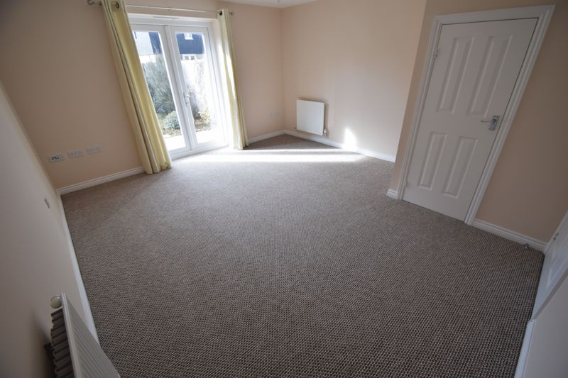 2 bedroom Semi-Detached  to buy in Little Owl Lane, Bedford - Photo 16