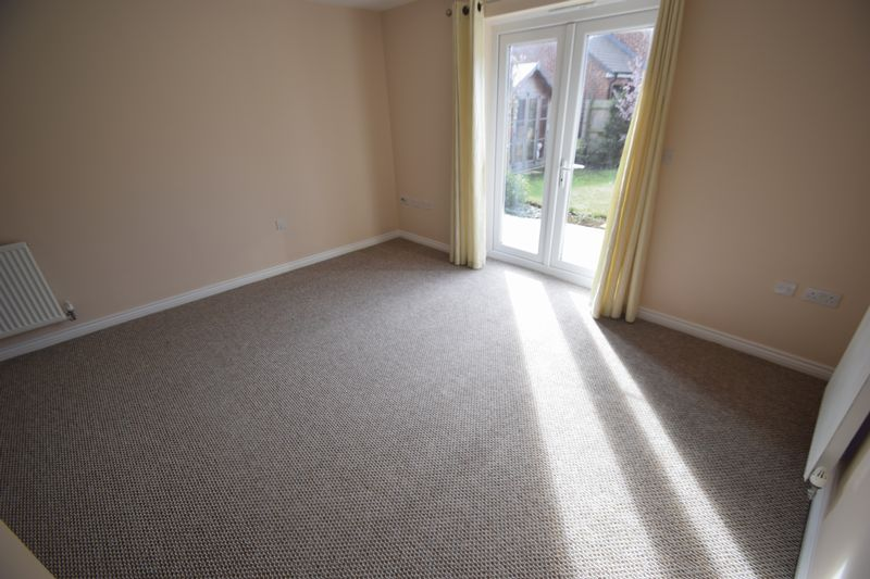 2 bedroom Semi-Detached  to buy in Little Owl Lane, Bedford - Photo 17