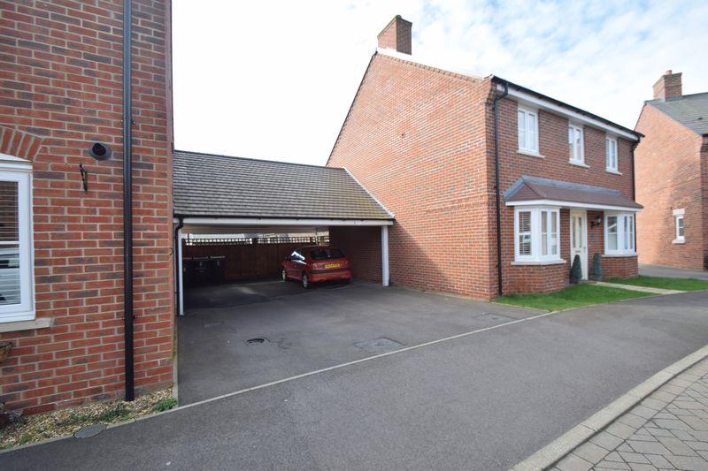 2 bedroom Semi-Detached  to buy in Little Owl Lane, Bedford - Photo 9