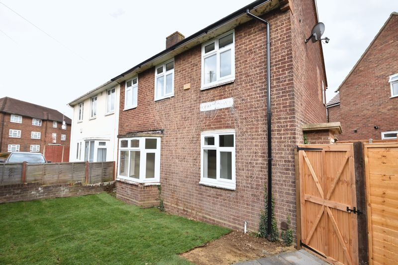 3 bedroom Semi-Detached  to rent in Abbey Drive, Luton