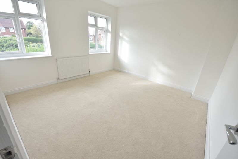 3 bedroom Semi-Detached  to rent in Abbey Drive, Luton - Photo 7