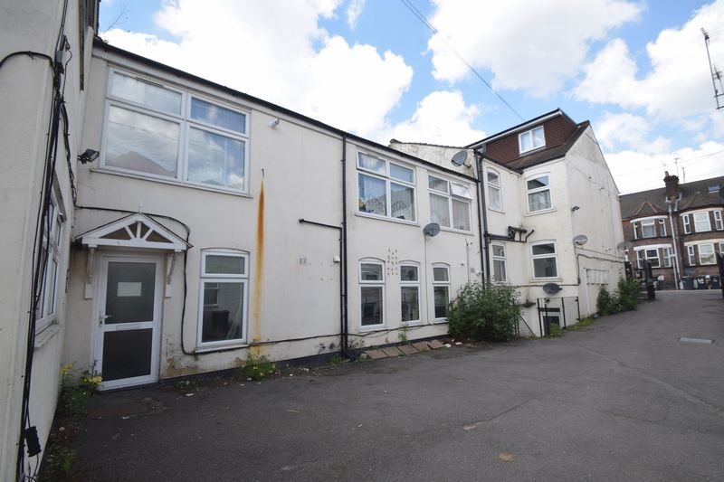 2 bedroom Flat to rent in Clarendon Road, Luton