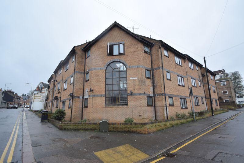 1 bedroom Apartment / Studio to rent in Chapel Street, Luton