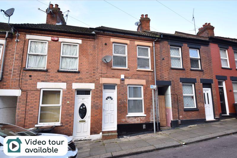 2 bedroom Mid Terrace to rent in Hartley Road, Luton