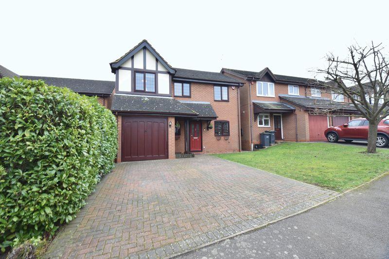 4 bedroom Detached  to buy in Tameton Close, Luton