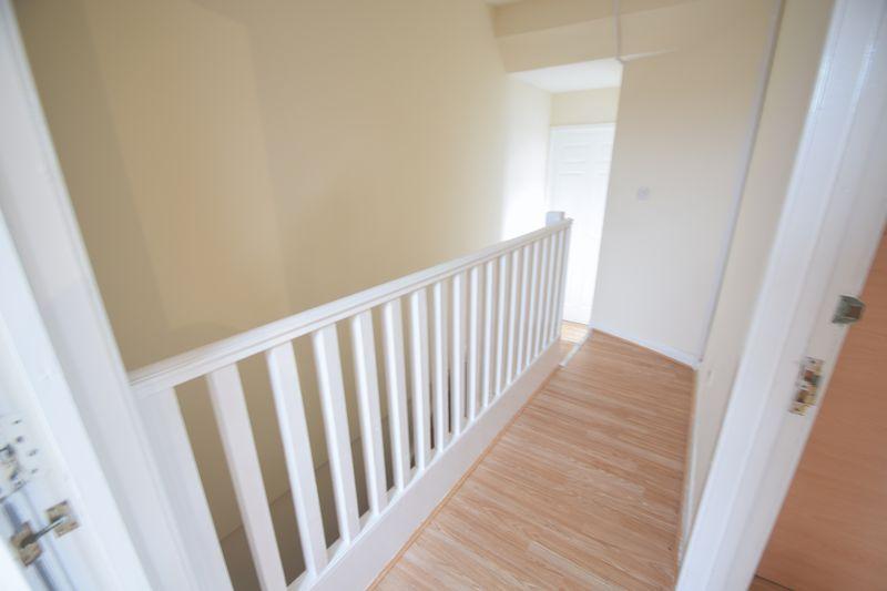 8 bedroom  to rent in Biscot Road, Luton - Photo 14