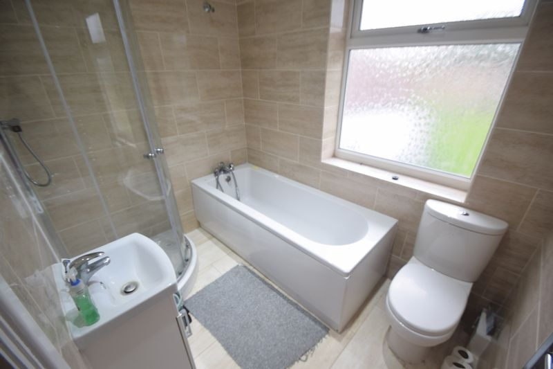 3 bedroom Semi-Detached  to buy in Saltfield Crescent, Luton - Photo 23