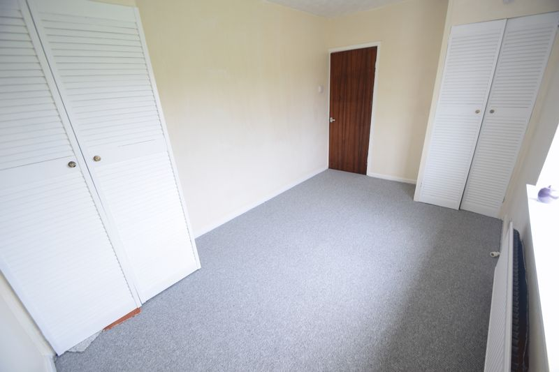 3 bedroom Semi-Detached  to buy in Saltfield Crescent, Luton - Photo 25