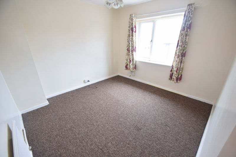 3 bedroom Semi-Detached  to buy in Saltfield Crescent, Luton - Photo 26