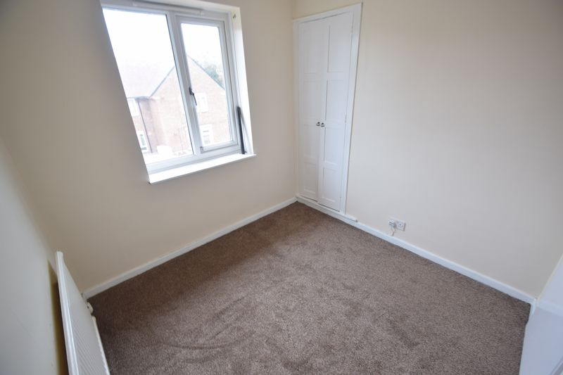 3 bedroom Semi-Detached  to buy in Saltfield Crescent, Luton - Photo 28