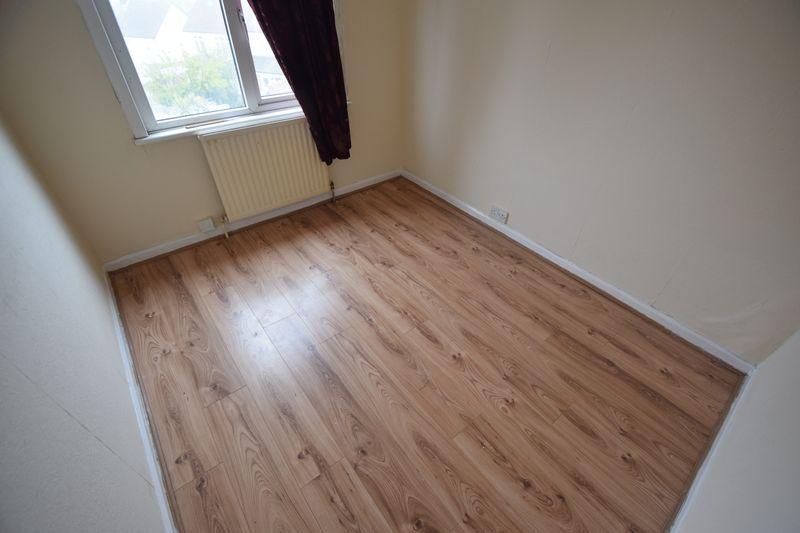 3 bedroom Semi-Detached  to rent in Seymour Road, Luton - Photo 13
