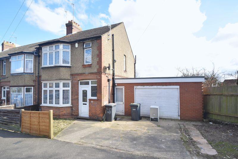 3 bedroom Semi-Detached  to rent in Seymour Road, Luton