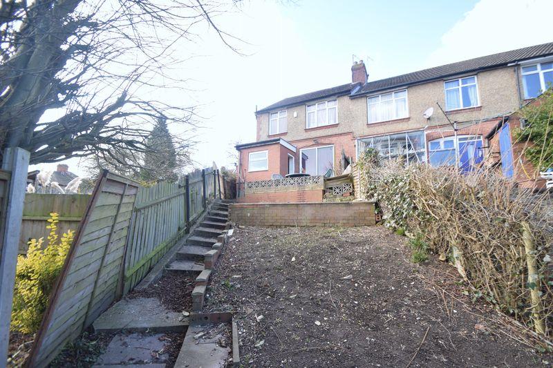 3 bedroom Semi-Detached  to rent in Seymour Road, Luton - Photo 6