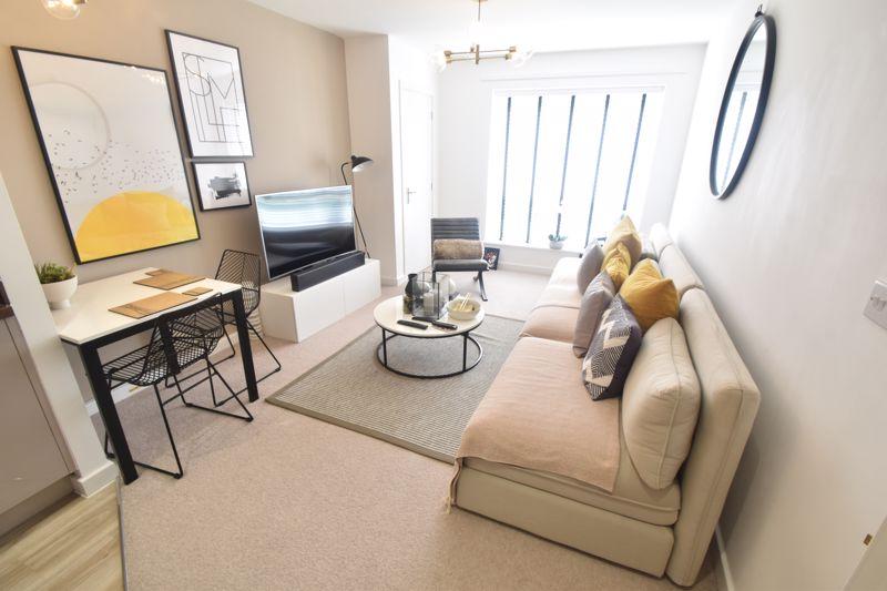 2 bedroom Apartment / Studio to buy in Union Street, Luton - Photo 3