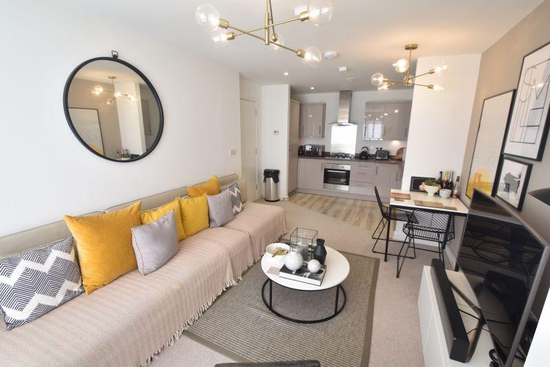 2 bedroom Apartment / Studio to buy in Union Street, Luton - Photo 4