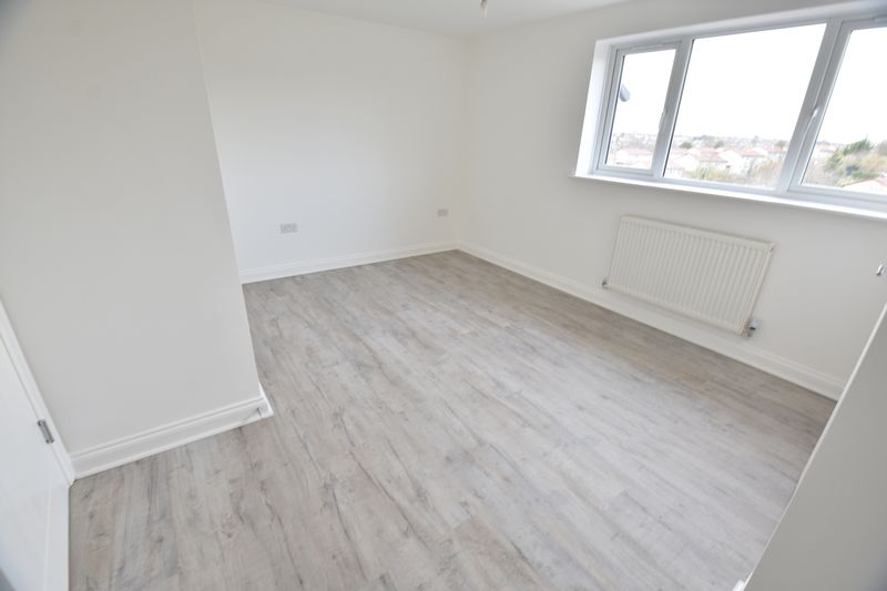 5 bedroom End Terrace to rent in Fermor Crescent, Luton - Photo 11