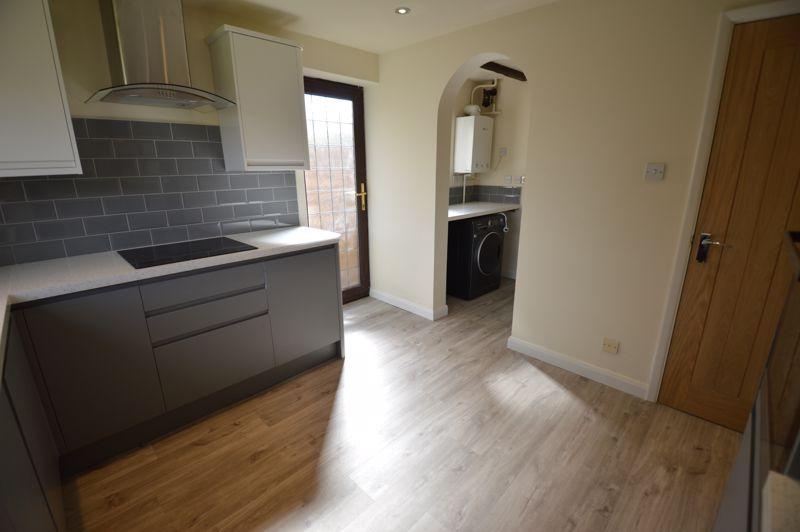 4 bedroom Detached  to rent in Copthorne, Luton - Photo 3