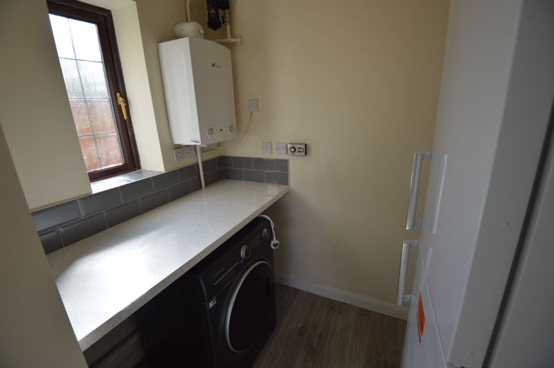 4 bedroom Detached  to rent in Copthorne, Luton - Photo 6
