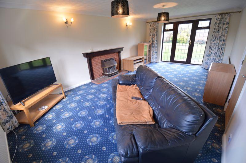 4 bedroom Detached  to rent in Copthorne, Luton - Photo 9