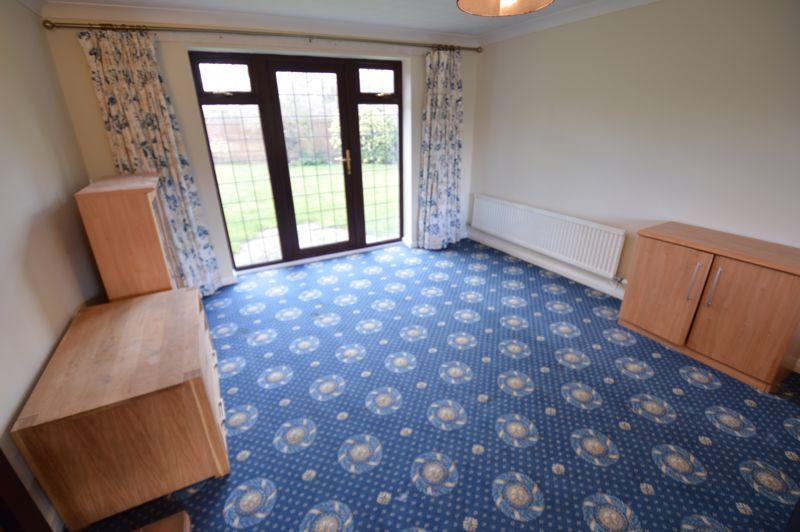 4 bedroom Detached  to rent in Copthorne, Luton - Photo 11