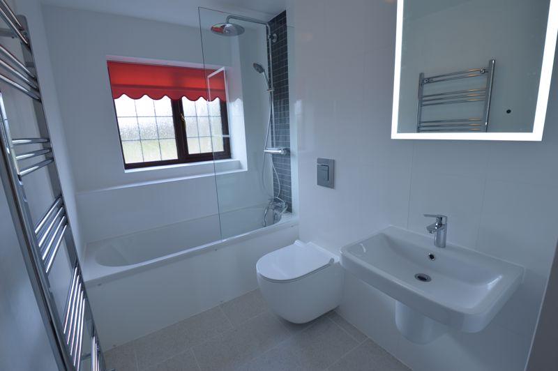 4 bedroom Detached  to rent in Copthorne, Luton - Photo 17