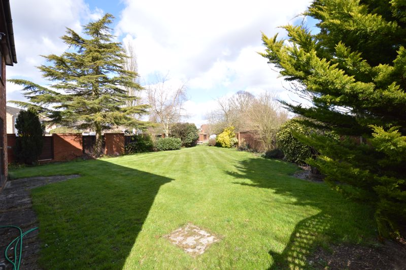 4 bedroom Detached  to rent in Copthorne, Luton - Photo 24
