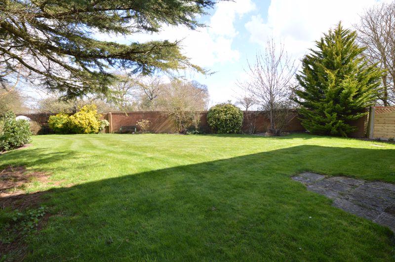 4 bedroom Detached  to rent in Copthorne, Luton - Photo 25