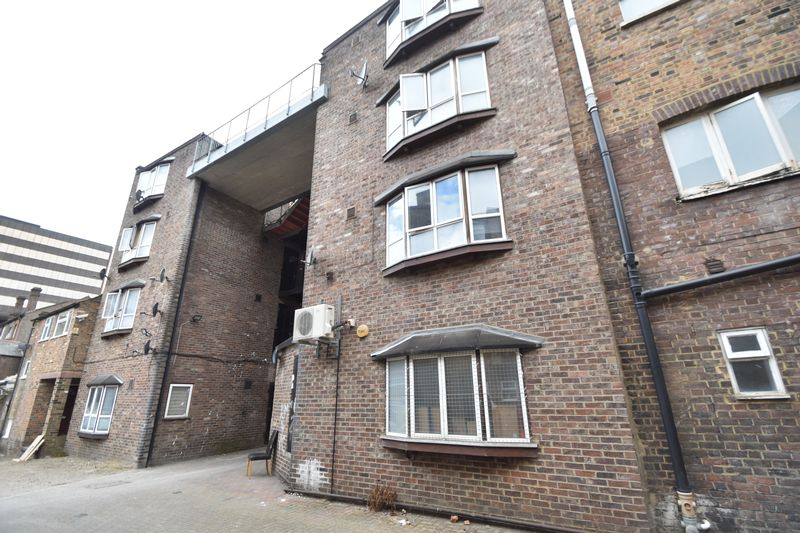 0 bedroom Flat to rent in Cheapside, Luton - Photo 14